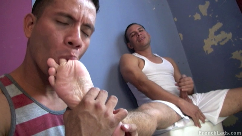 Sleazy sneaker worship by Latino studs