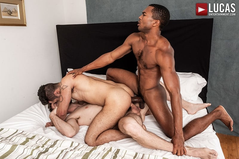 Men for Men Blog JASON-COX-LUCAS-LEON-SEAN-XAVIER-MONSTER-BLACK-DICK-big-muscle-threesome-LucasEntertainment-017-gay-porn-pictures-gallery Hot muscle dudes Jason Cox and Lucas Leon double fucked by Sean Xavier Lucas Entertainment