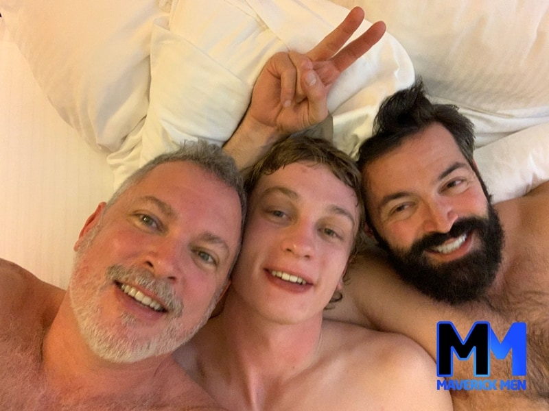 Hot fuck flick Hunter and Cole with fuck buddy Jordan